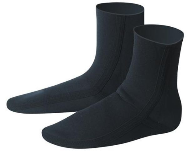 C skins mausered 2.5mm wetsuit sox
